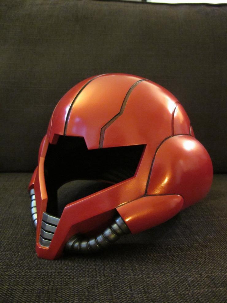 塗装をしてメトロイドのヘルメット完成