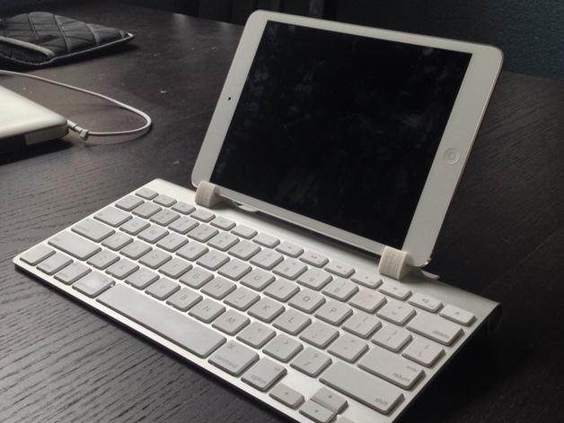 アップル純正キーボードホルダー
