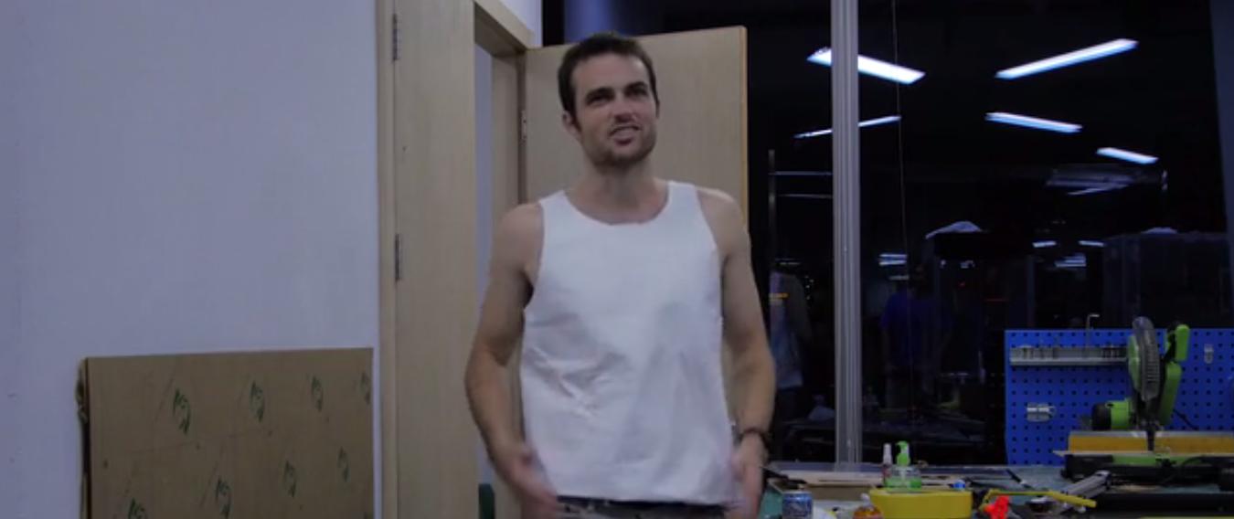 3Dプリントした服がけっこうフィットしている感じです