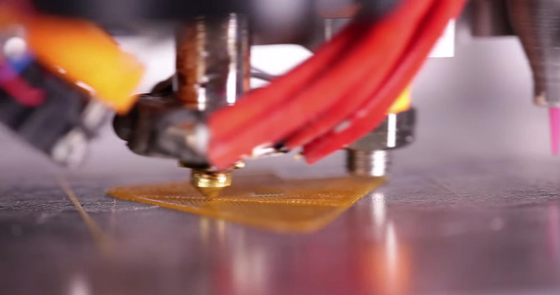 3Dプリンターとして樹脂をプリント