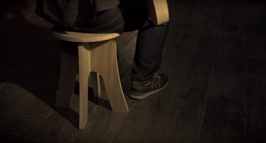 人間が座っても大丈夫なサイズの椅子が削れる