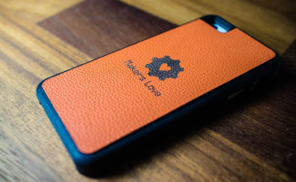 革張りのiPhoneケース