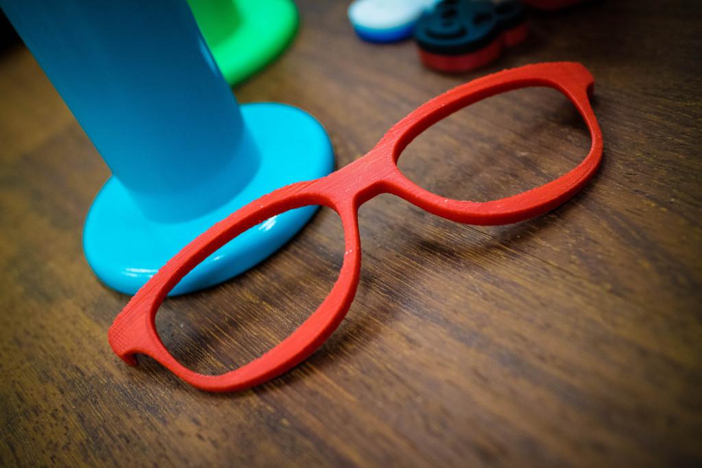 講座の中で作るメガネのモデル