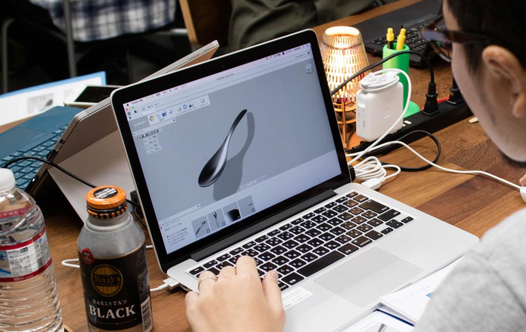 スプーンのような曲面の多い3Dモデルを作る