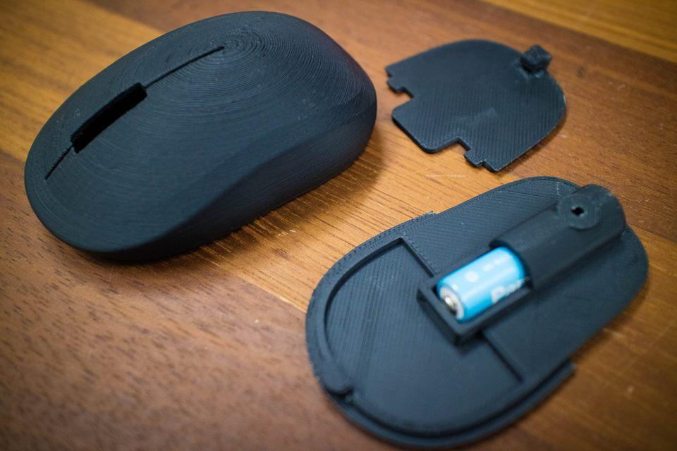 マウスの蓋が閉まる機構