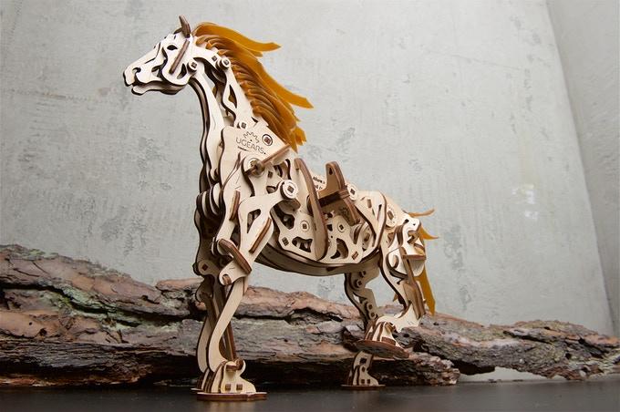 レーザーカッターの馬