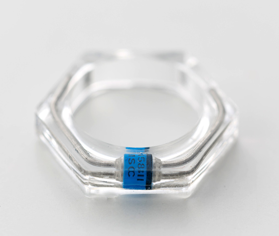 はやぶさと同じダイオードーを使った指輪