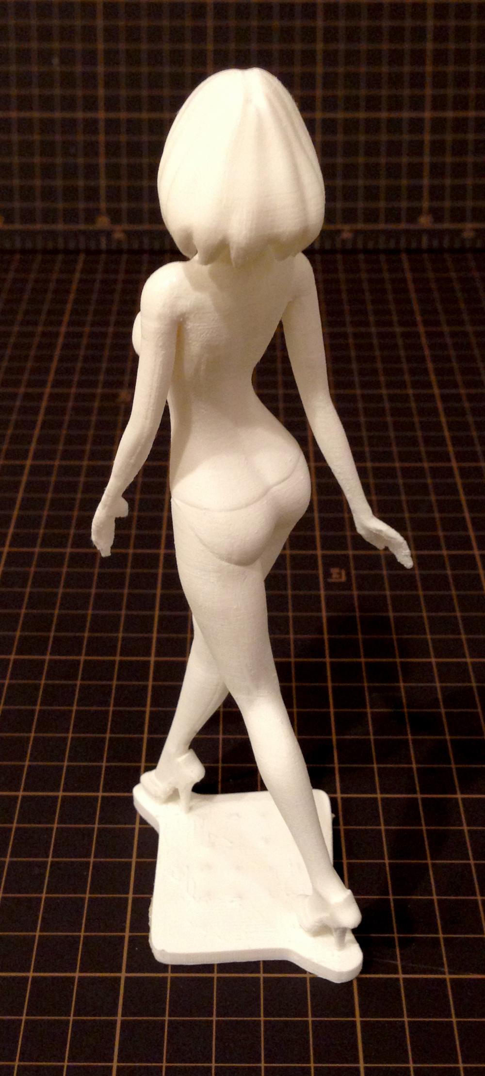 3Dフィギュア「hanako」の奇麗な3Dプリントの後ろ姿
