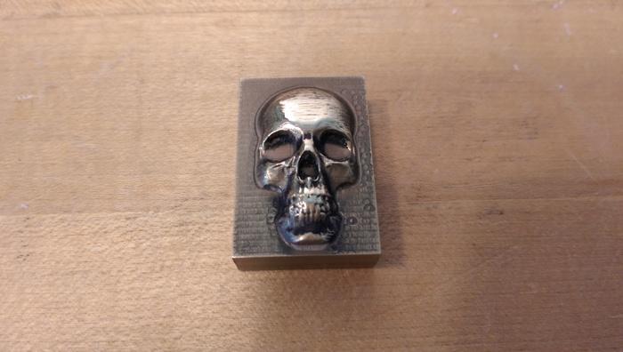 CNCで金属を加工