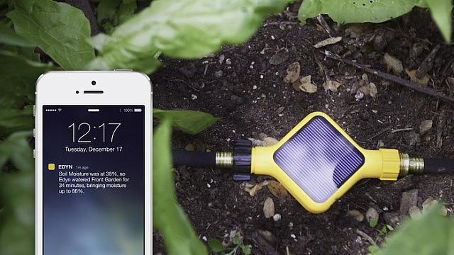 湿度や温度などをスマートフォンに送る