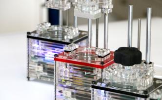 世界最小の光学造形3Dプリンター iBox Nano