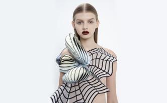 Noa Raviv テルアビブ在住のファッションデザイナー