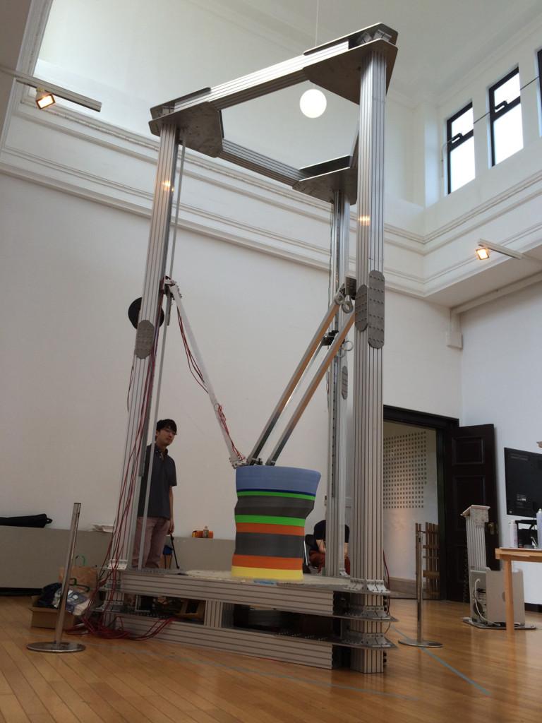東京芸大に展示された巨大3Dプリンター