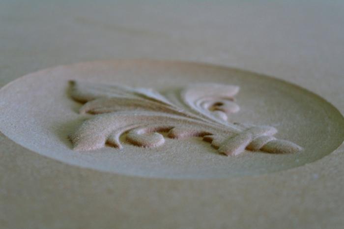 Routakit SD CNCで木材のレリーフを削る