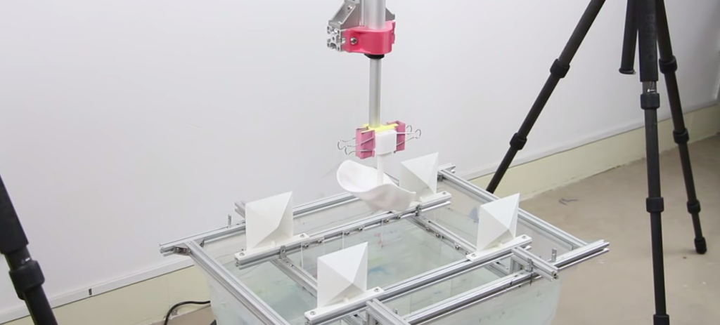 3Dプリントしたモノを水面に付ける