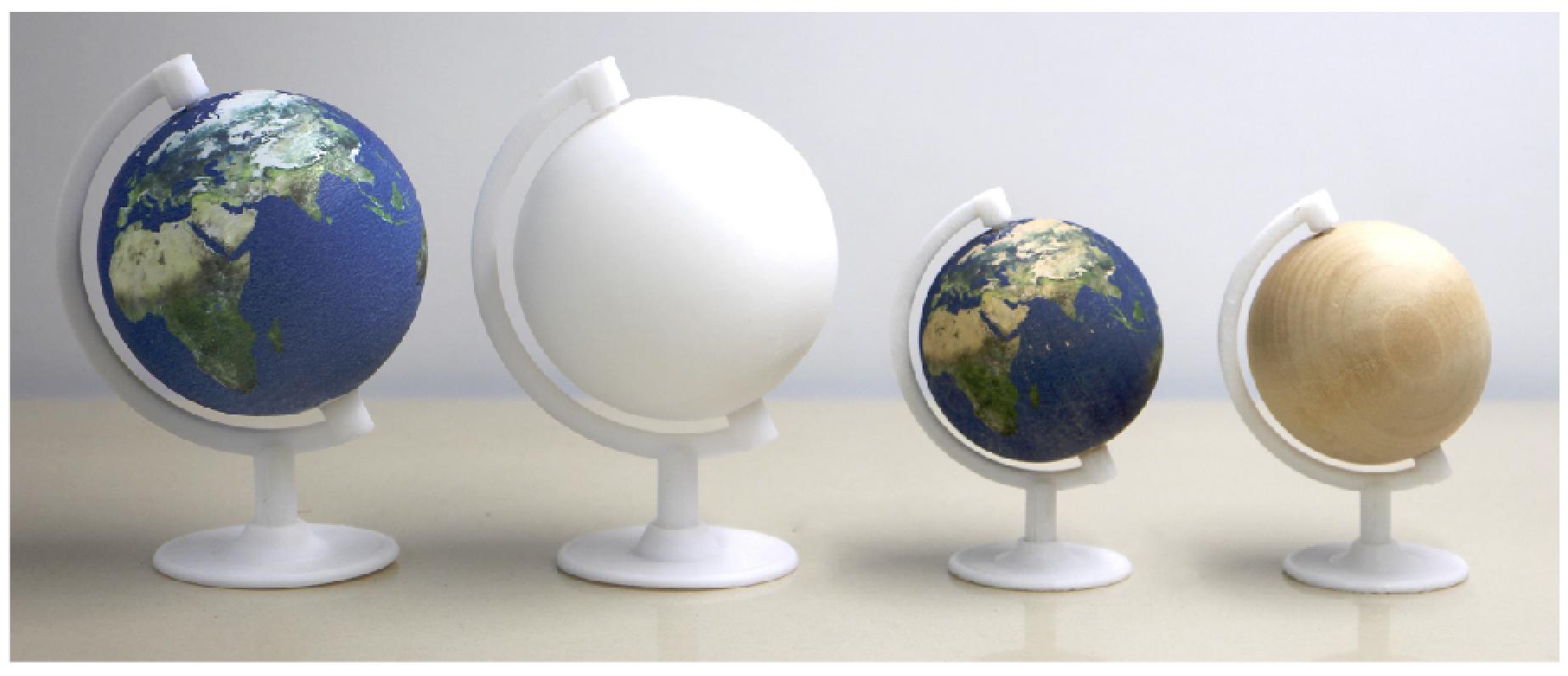 地球儀に水圧転写