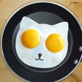 ネコ型目玉焼き
