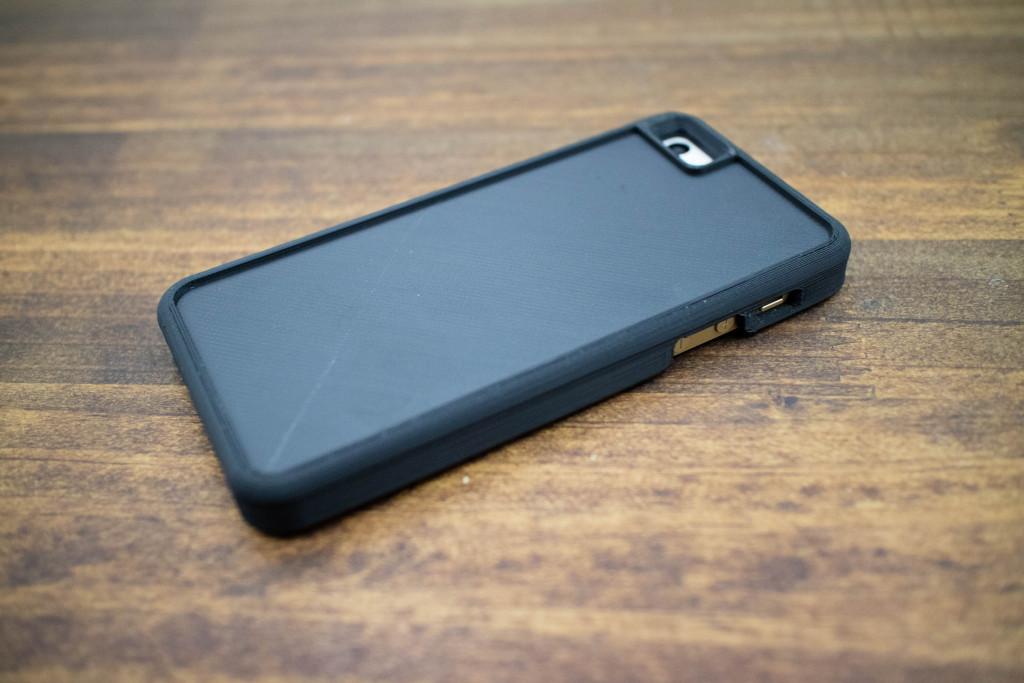 3DプリントしたiPhoneケース