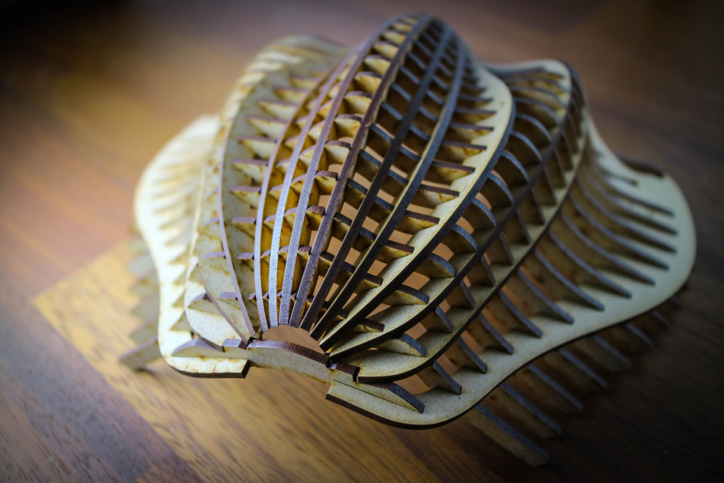 レーザーカッターで貝殻を作った