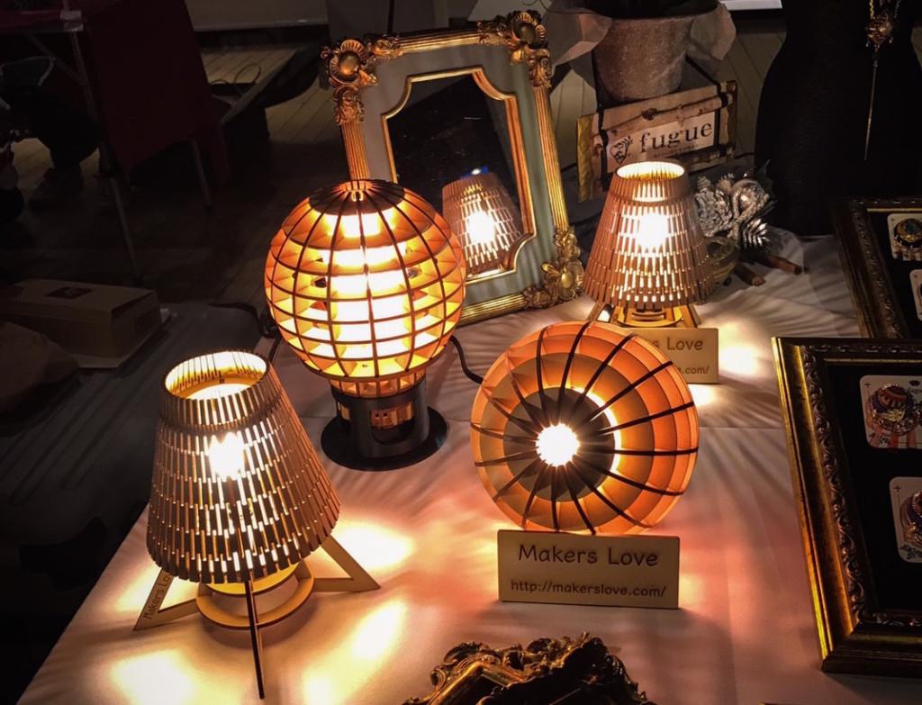 照明器具陳列の様子